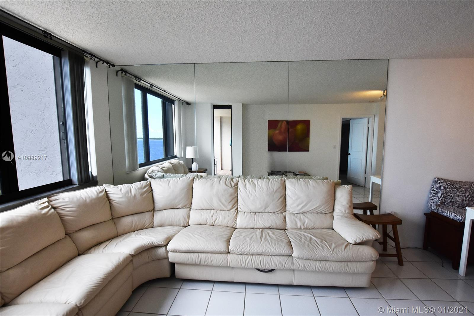 540 Brickell Key Dr #1025 photo04