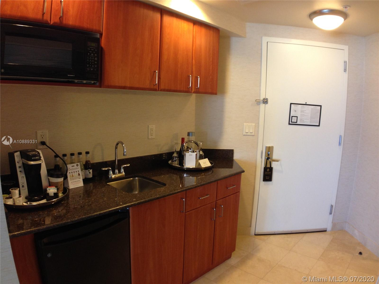 18001 Collins Ave #1204 photo07