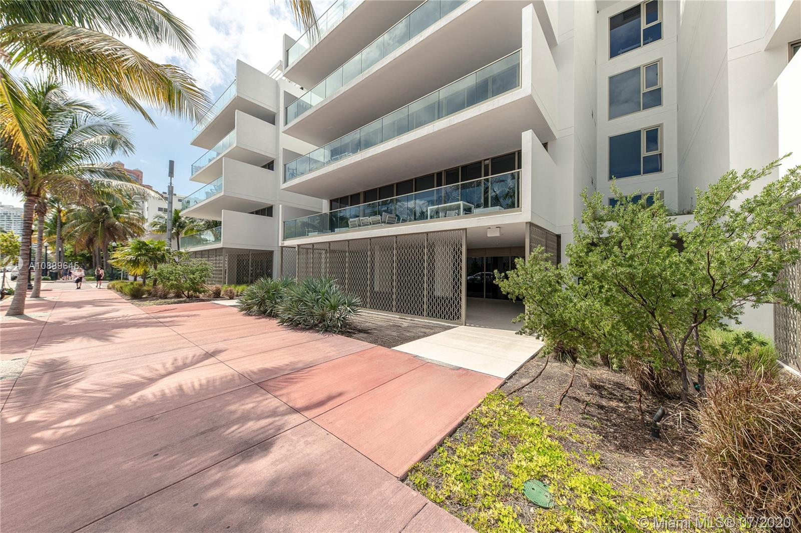 Photo of 300 Collins Ave #2A listing for Sale