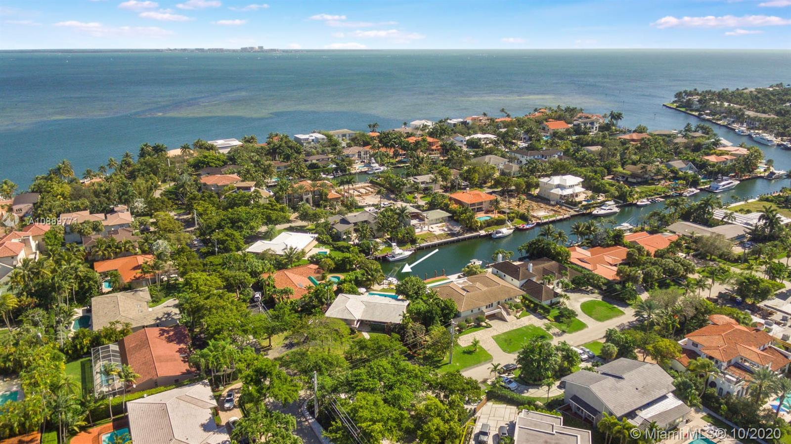 110 E Sunrise Ave, Coral Gables, Florida 33133, 3 Bedrooms Bedrooms, ,3 BathroomsBathrooms,Residential,For Sale,110 E Sunrise Ave,A10889771