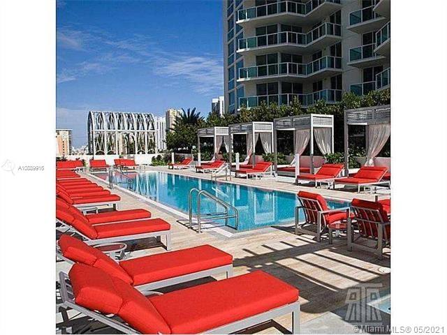 Photo of 250 Sunny Isles Blvd #3-TS6 listing for Sale