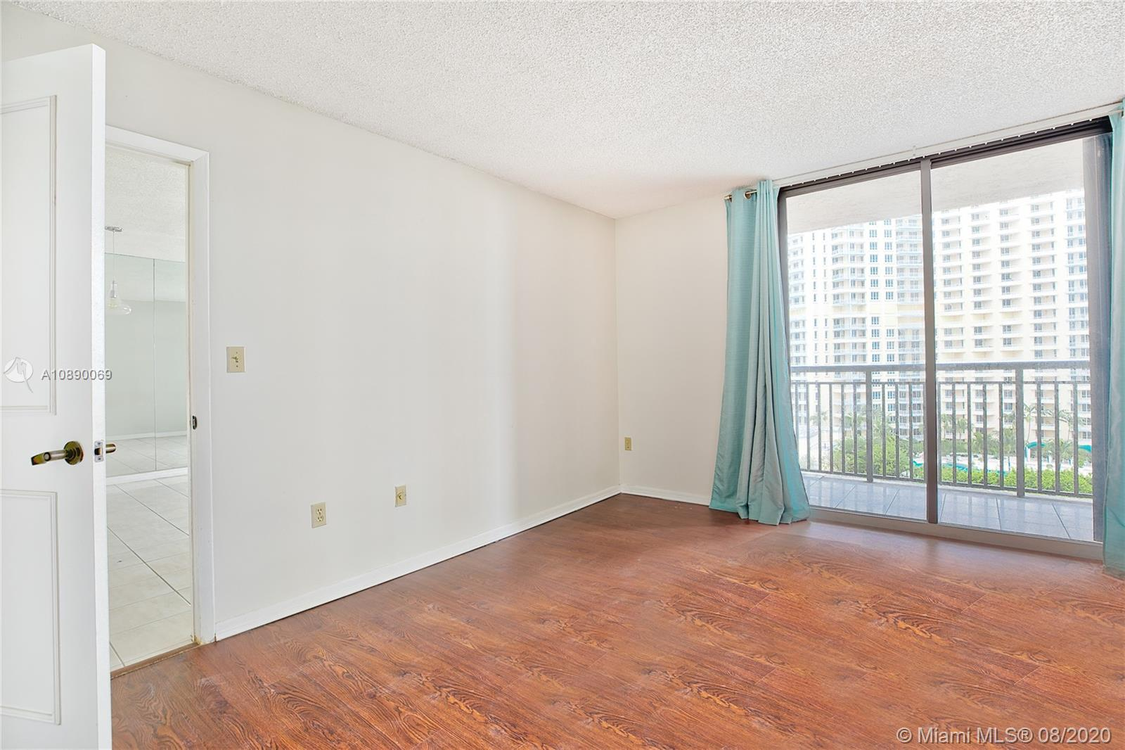 540 Brickell Key Dr #1402 photo013