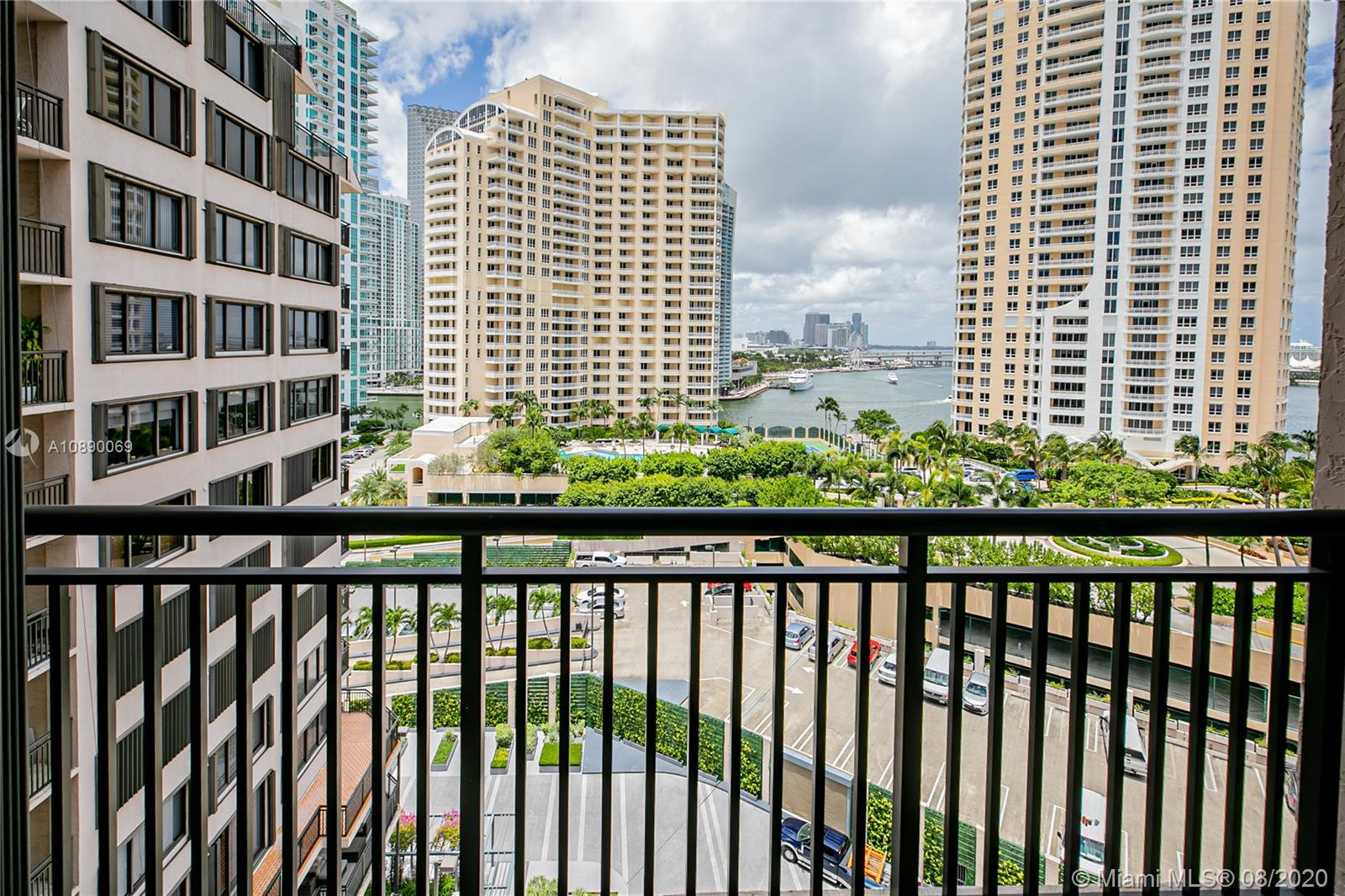 540 Brickell Key Dr #1402 photo015