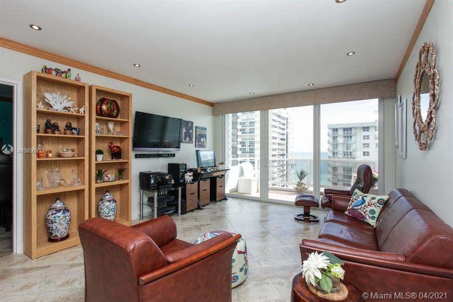 5700 Collins Ave #16C photo04