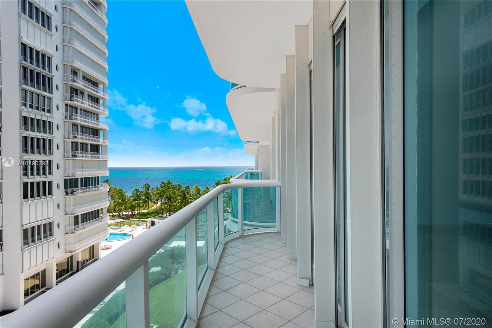 10101 Collins Ave #6A photo02