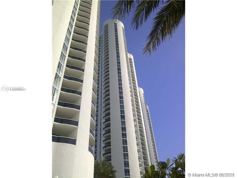 15901 Collins Ave #2303 photo09
