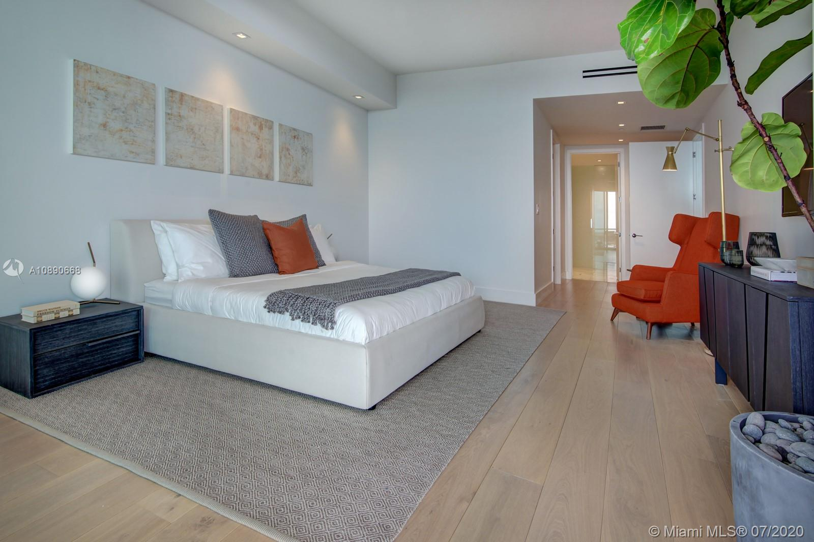 10201 Collins Ave #1807 photo09