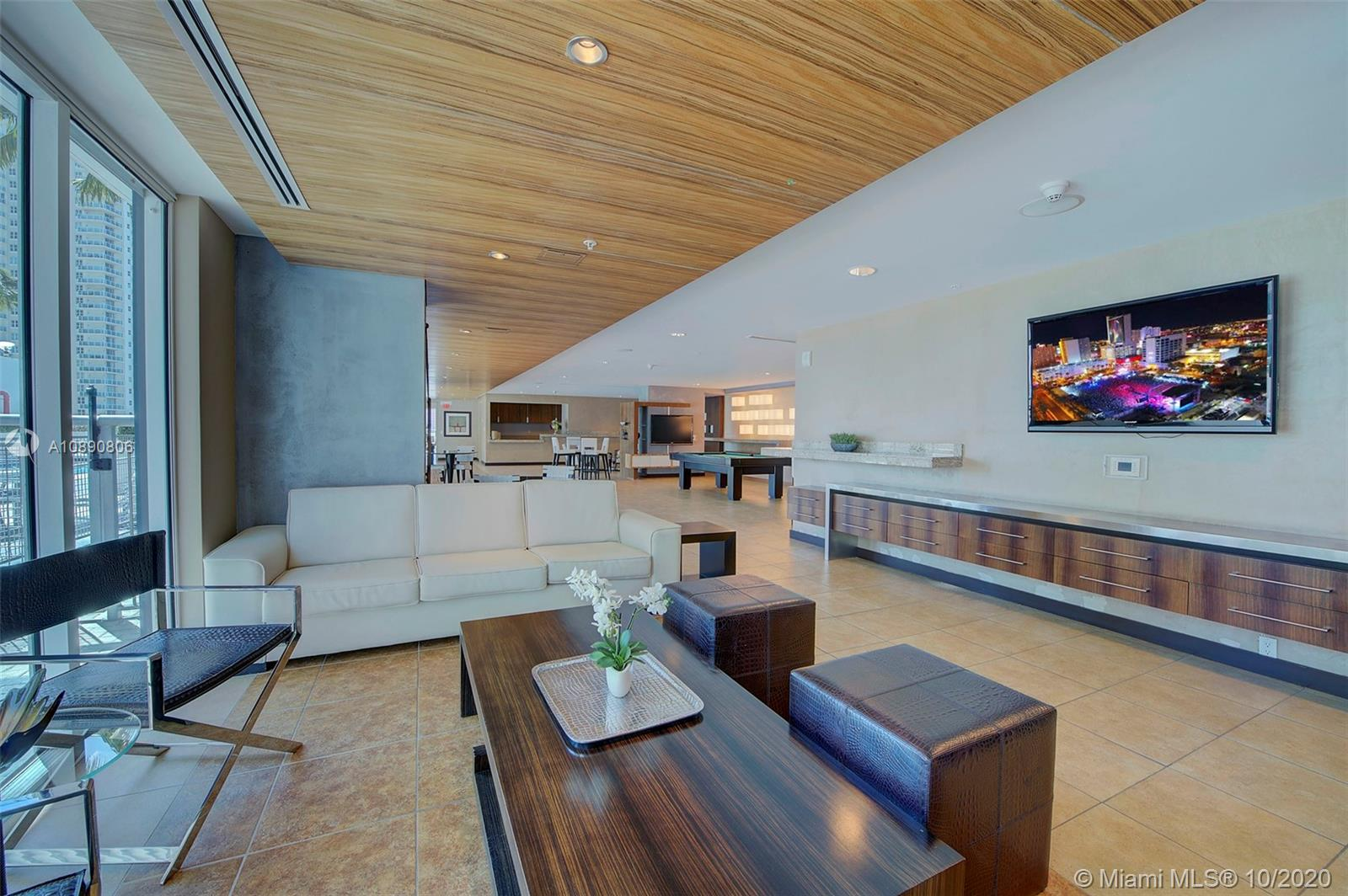 Photo of 60 SW 13th St #1500 listing for Sale