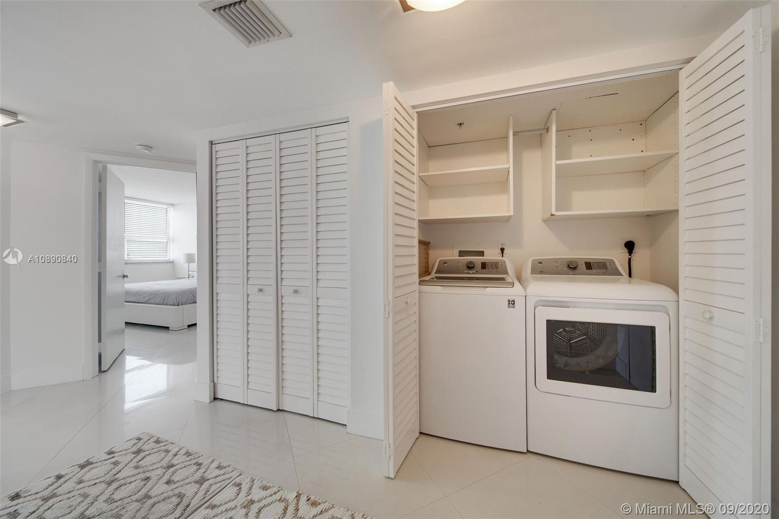 Photo of 650 West Ave #912 listing for Sale