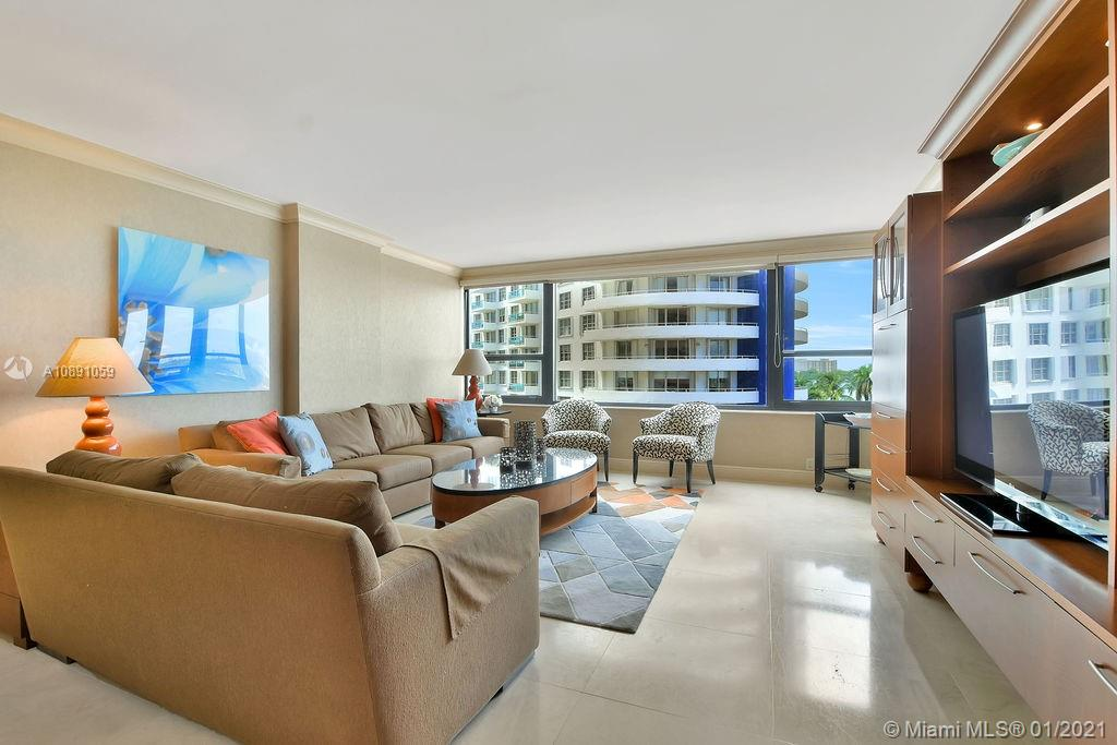 5225 Collins Ave #721 photo016