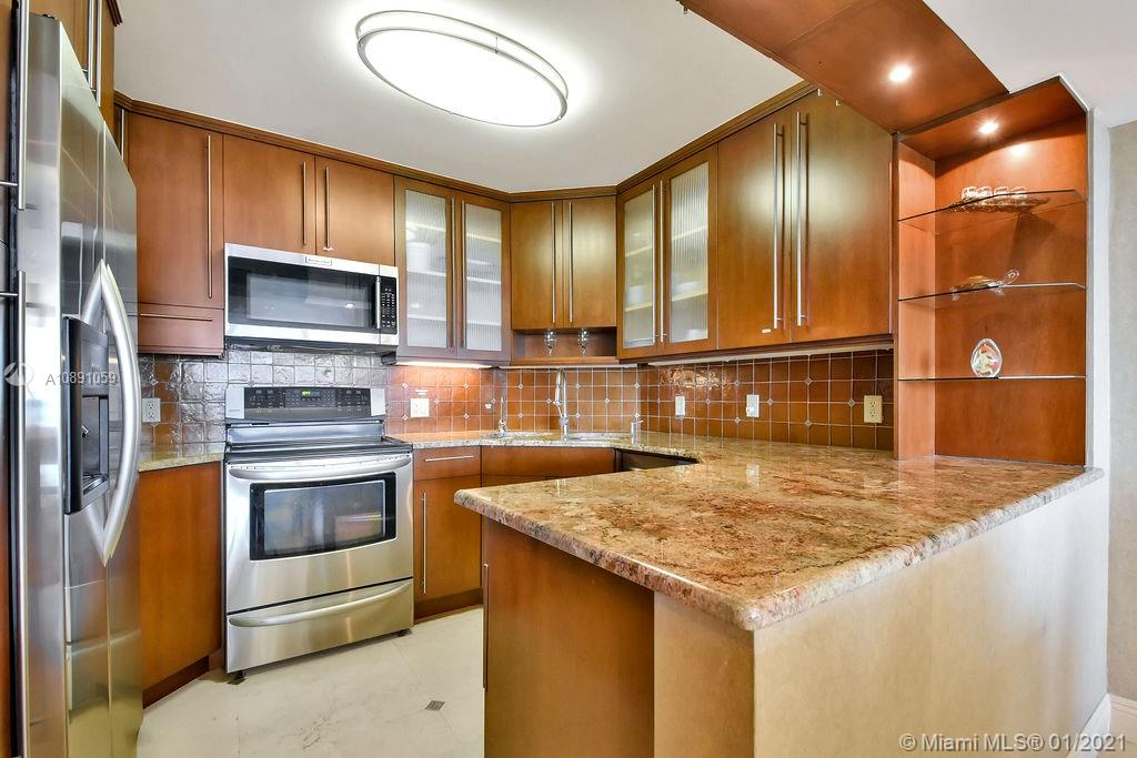 5225 Collins Ave #721 photo015