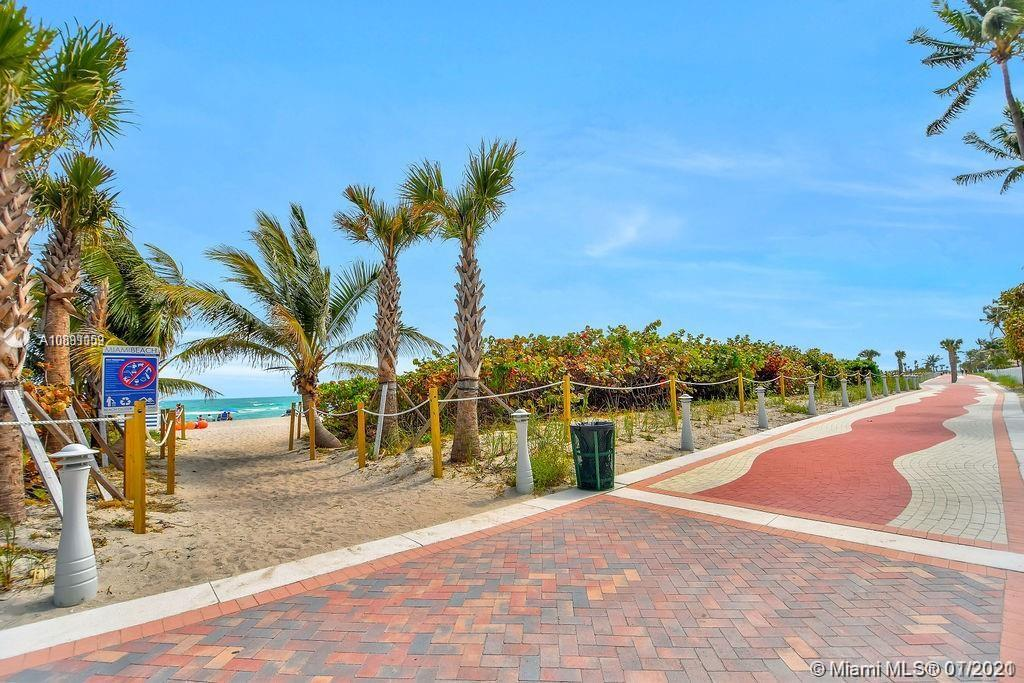 5225 Collins Ave #721 photo08