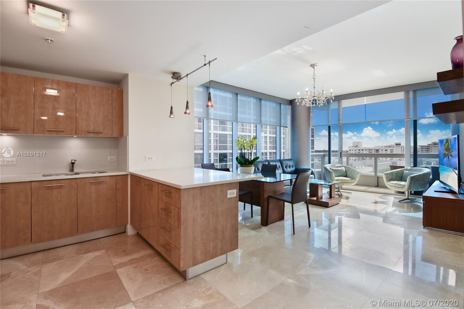 6899 Collins Ave #709 photo02