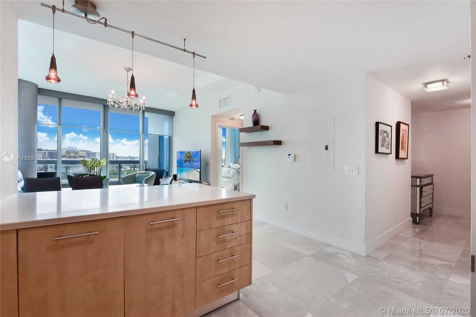 6899 Collins Ave #709 photo03