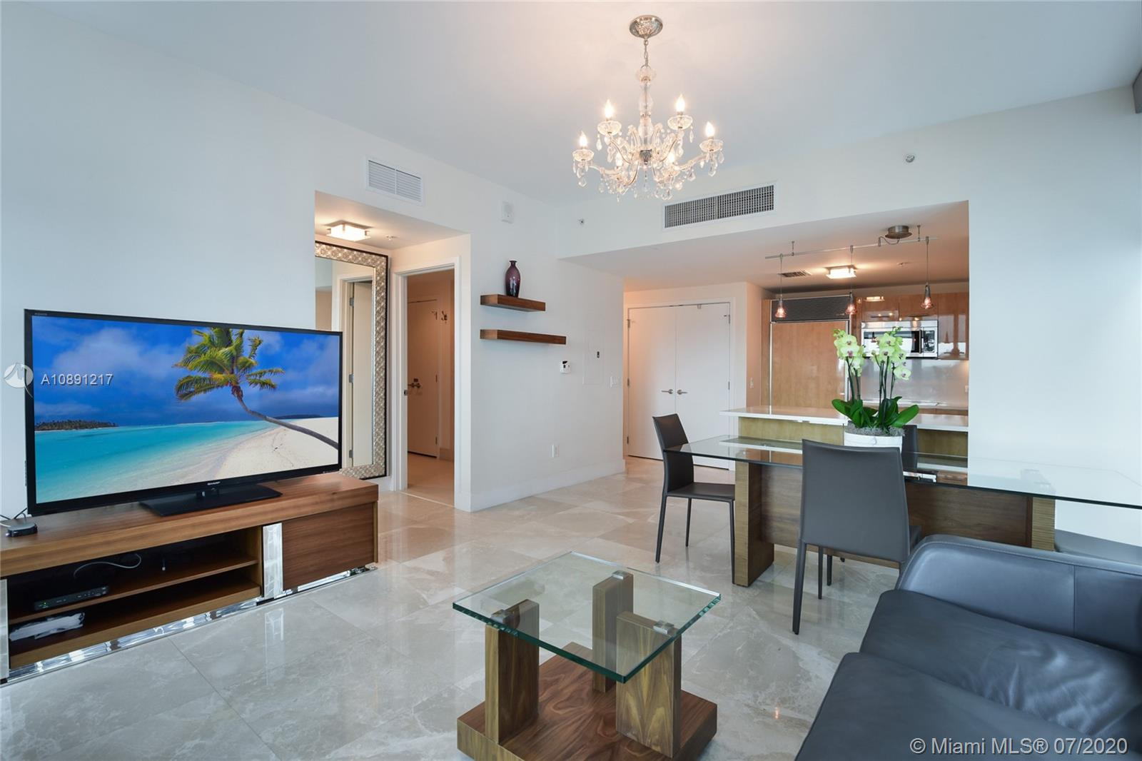 6899 Collins Ave #709 photo05