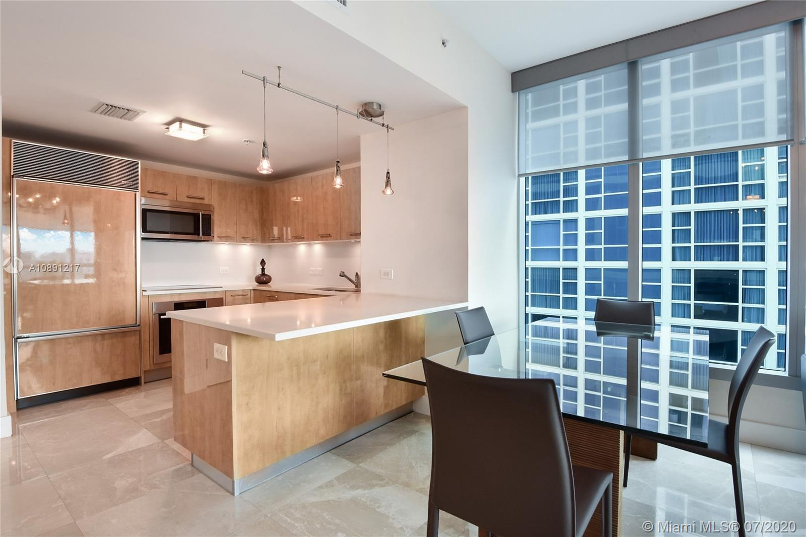 6899 Collins Ave #709 photo04