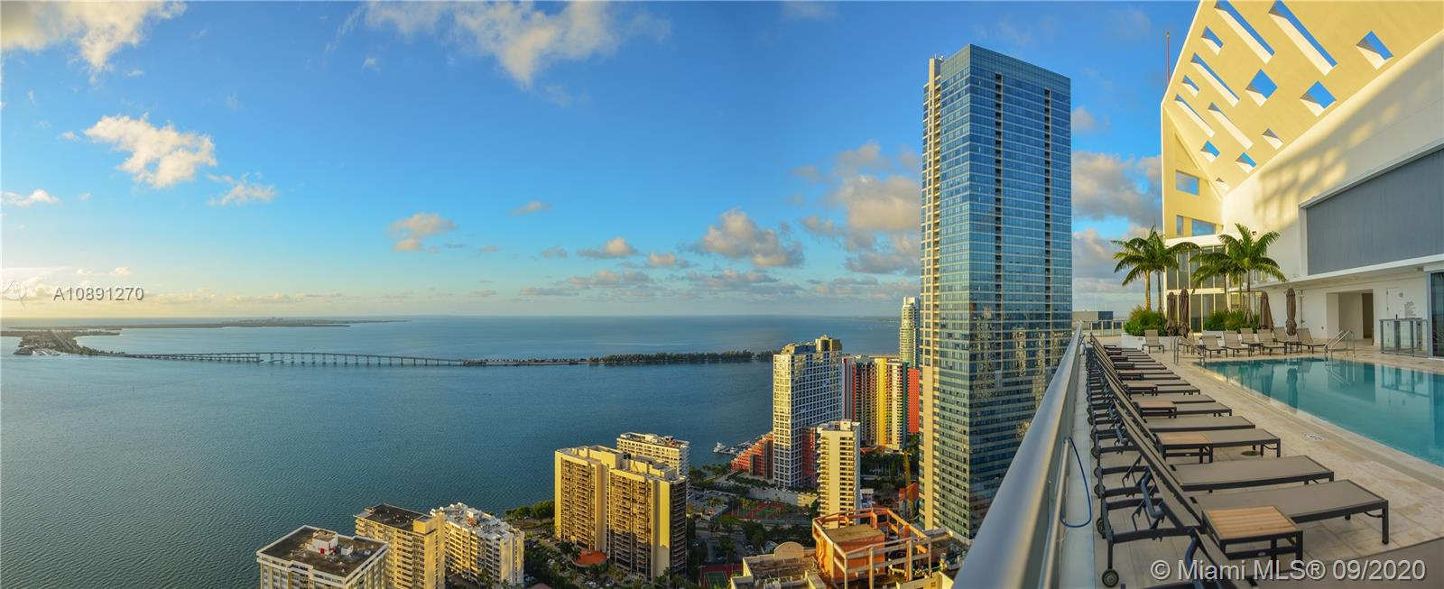 Property for sale at 1300 Brickell Bay Dr Unit: 1702, Miami,  Florida 33131