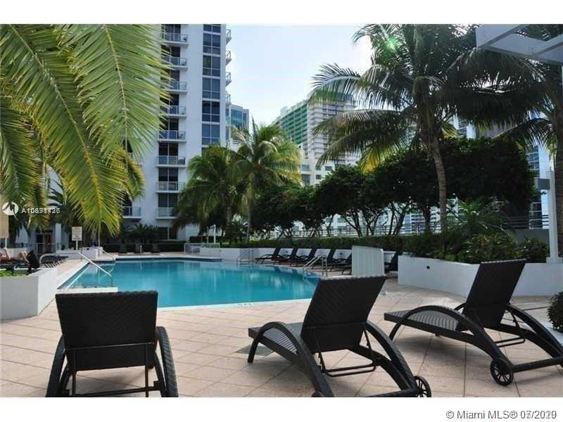 1050 Brickell Ave #2508 photo013