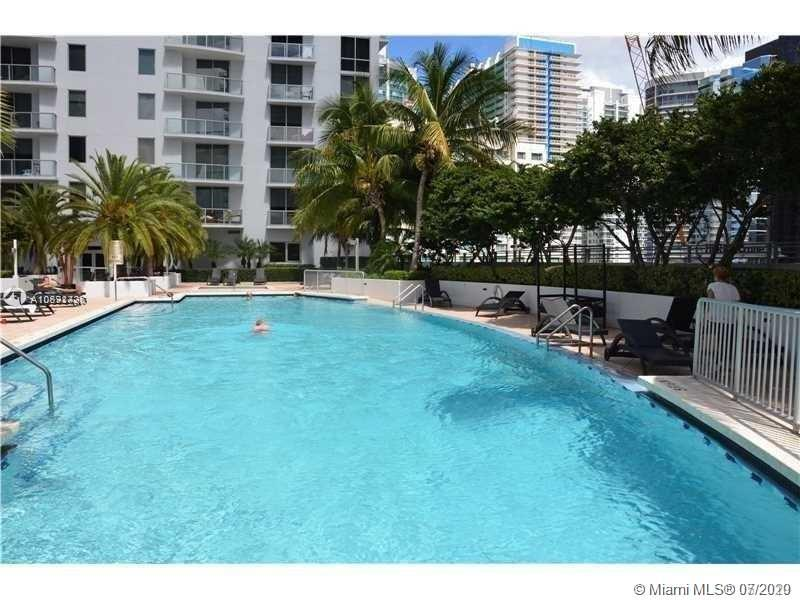 1050 Brickell Ave #2508 photo01
