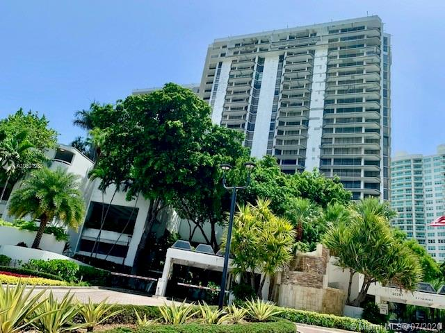 Photo of 20281 East Country Club Dr #1103 listing for Sale