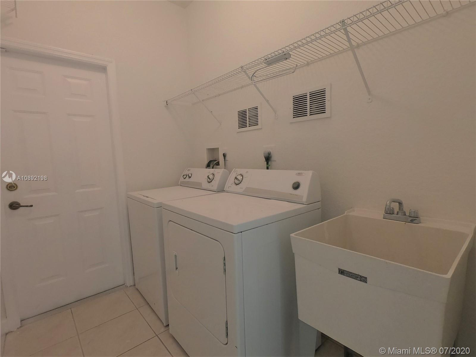 8224 NW 115th Ct photo027