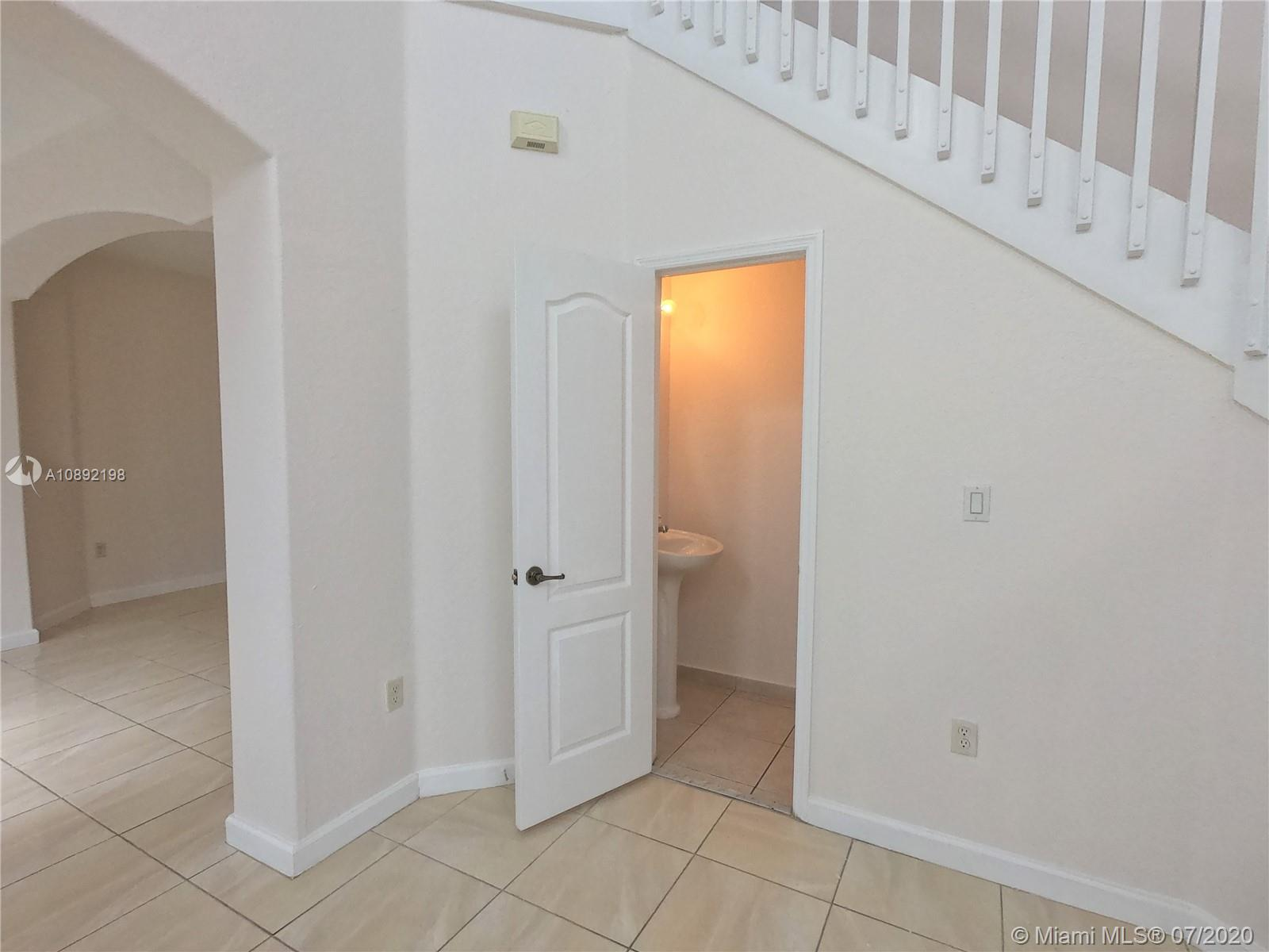 8224 NW 115th Ct photo012