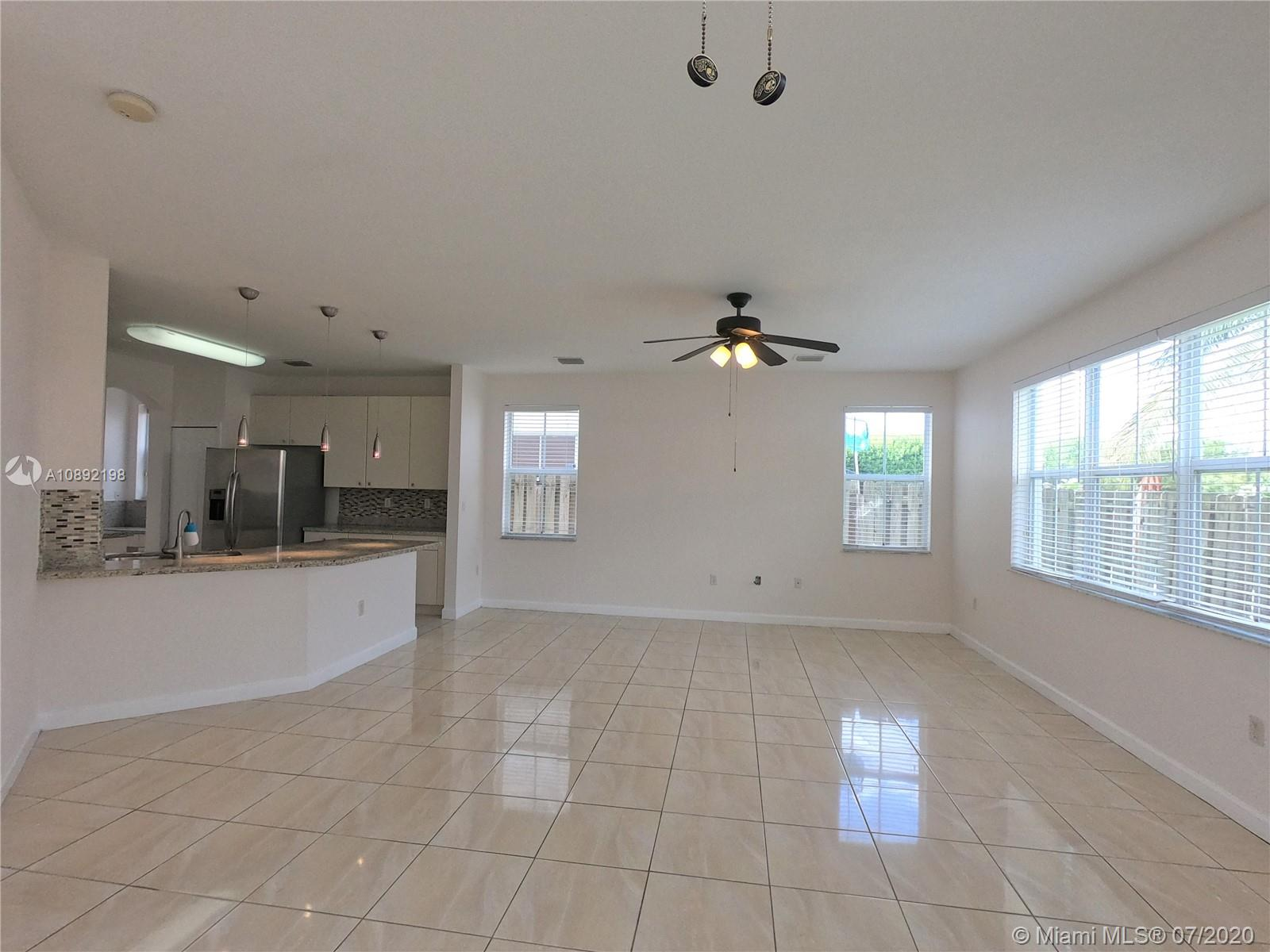 8224 NW 115th Ct photo011