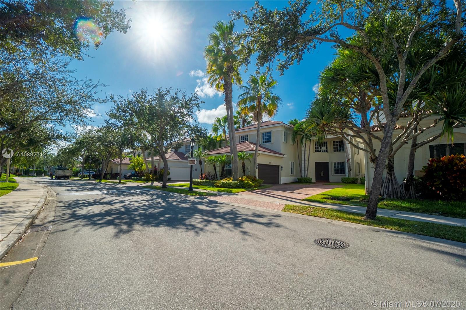 Photo of 1531 NE 194th St # listing for Sale