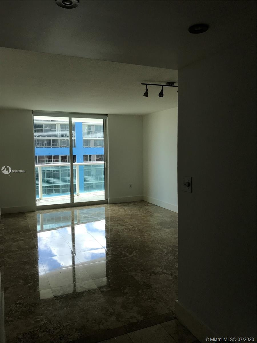 Skyline on Brickell #1202 - 2101 Brickell Ave #1202, Miami, FL 33129