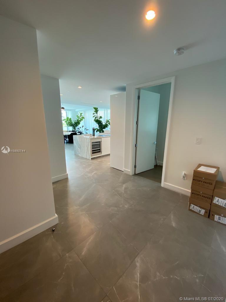 10201 Collins Ave #201 photo09