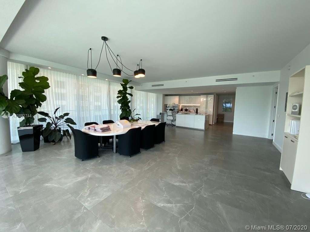 10201 Collins Ave #201 photo010