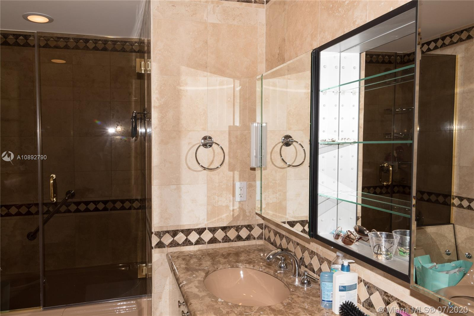 10225 Collins Ave #804 photo022