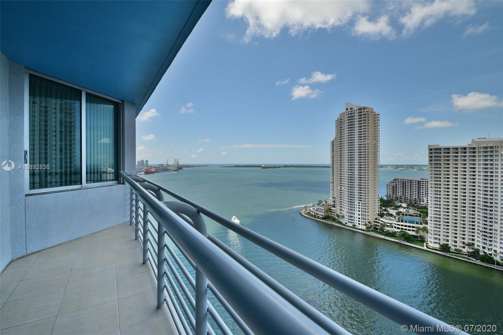One Miami #2707 photo01