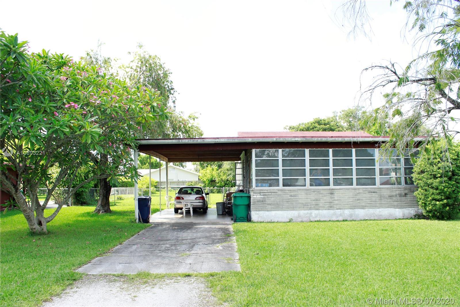Coral Villas - 6460 SW 34th St, Miami, FL 33155