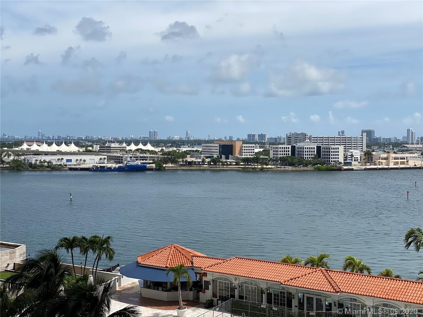 One Miami #1202 photo01