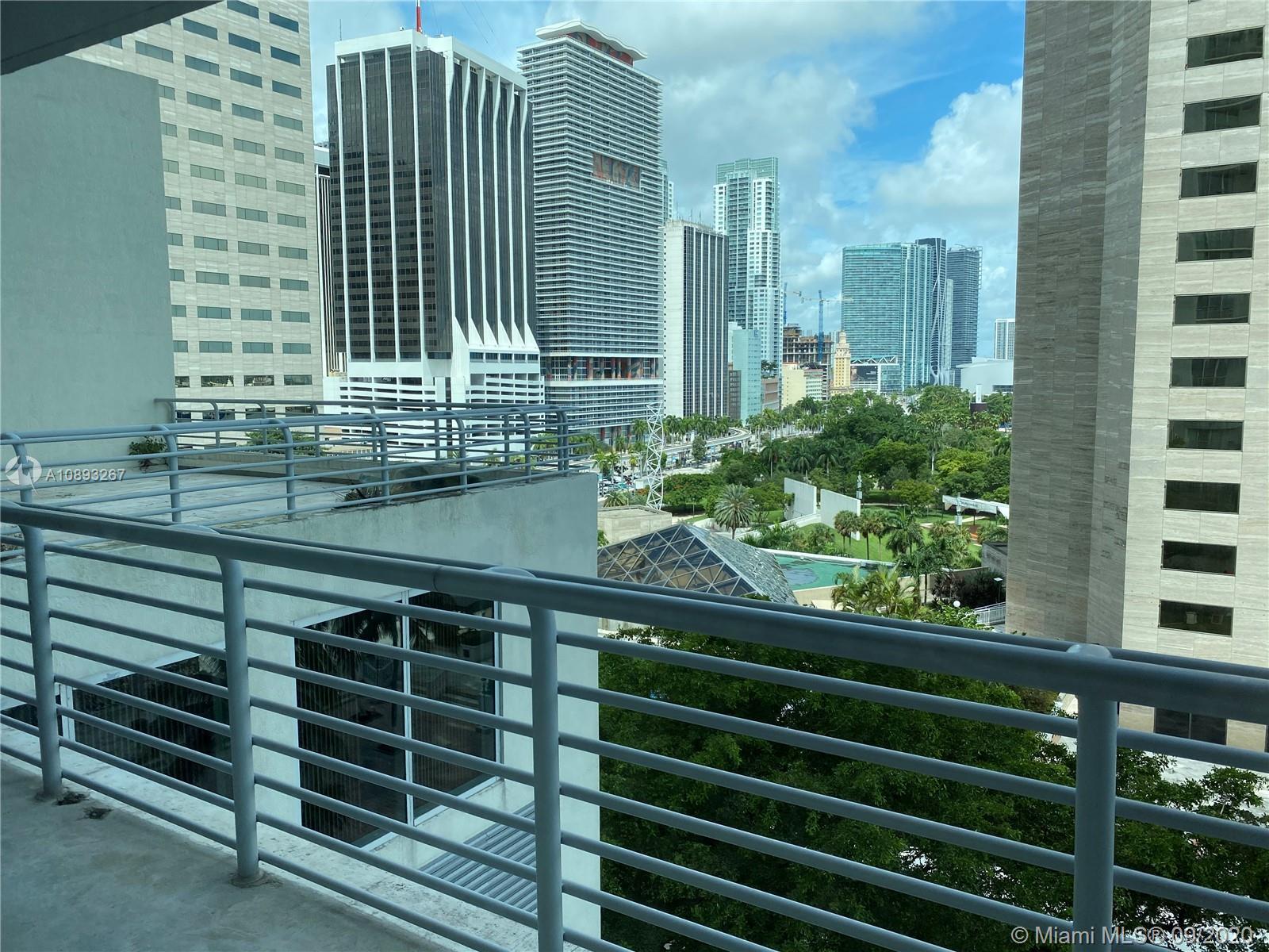 One Miami #1202 photo10