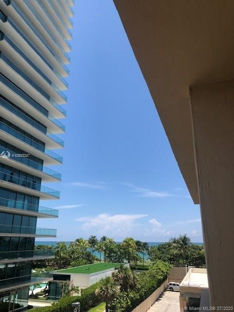 10185 Collins Ave #423 photo012
