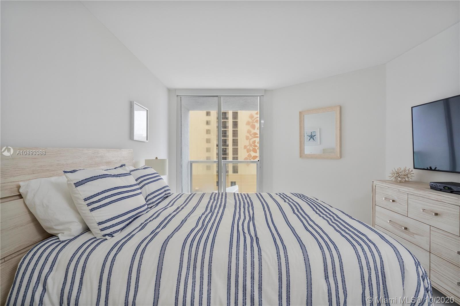 Photo of 16425 Collins Ave #712 listing for Sale