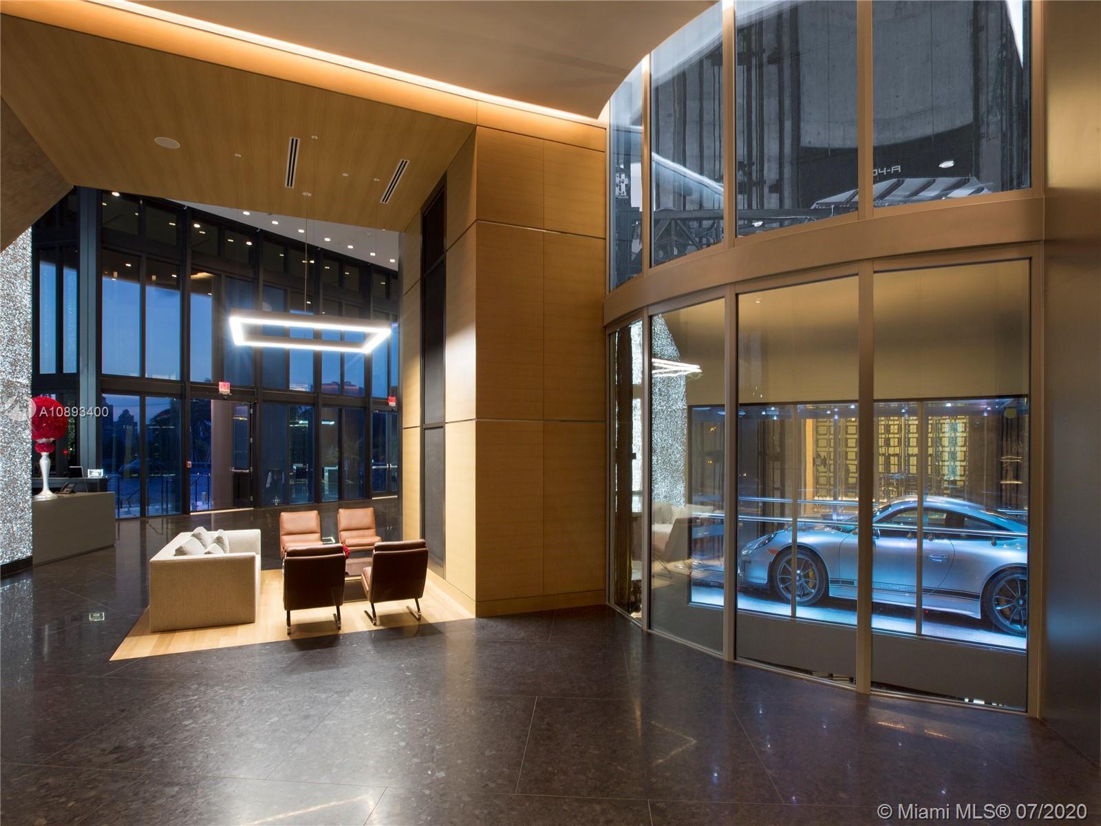 Porsche Design Tower #3505 photo09