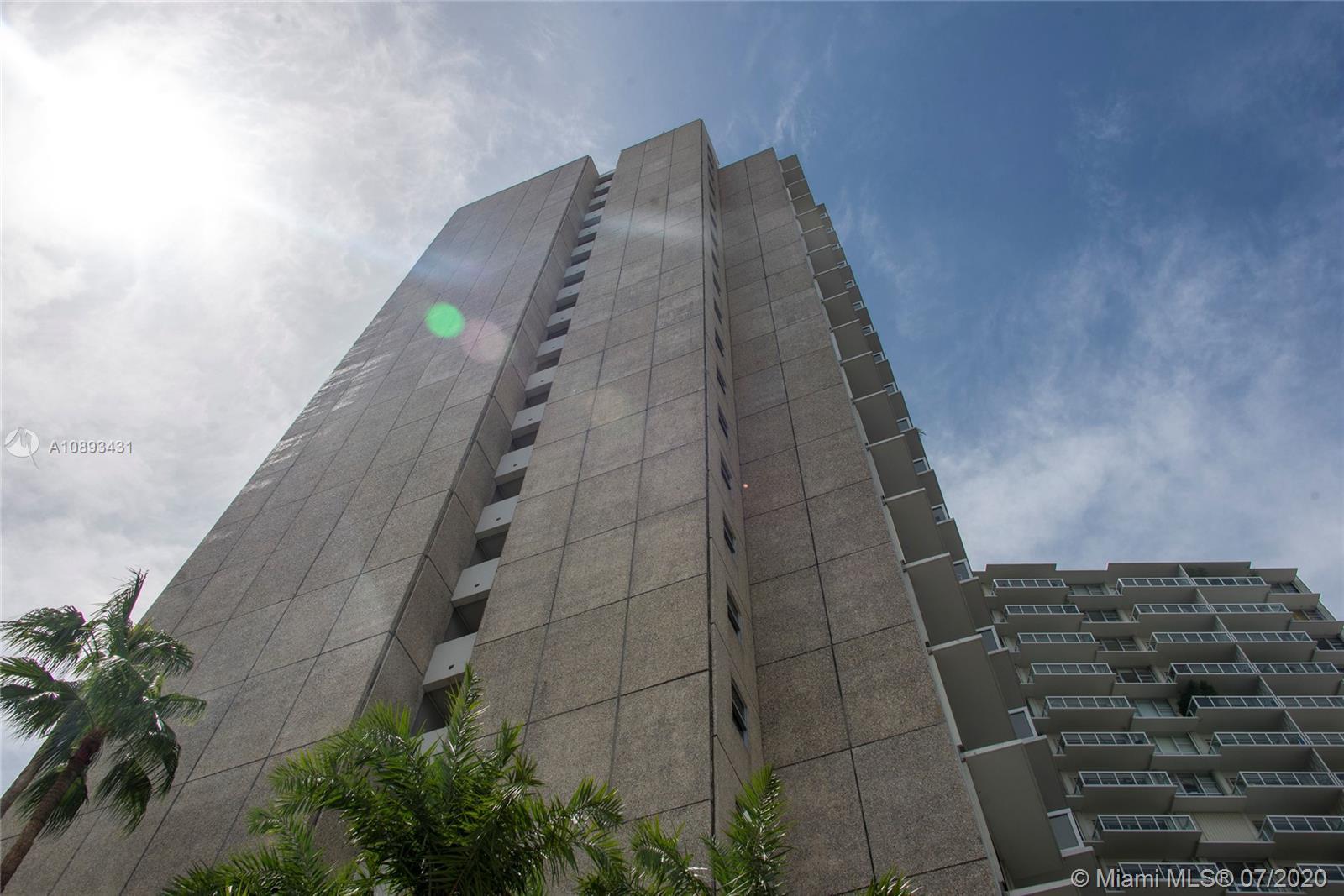 2451 S Brickell Ave #12H photo02