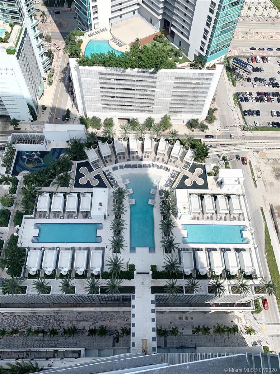 Paramount Miami Worldcenter #3905 photo01