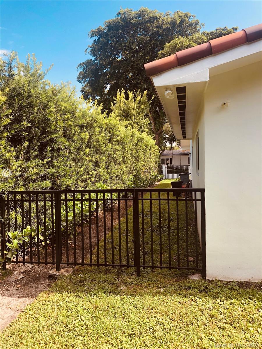 South Miami # photo08