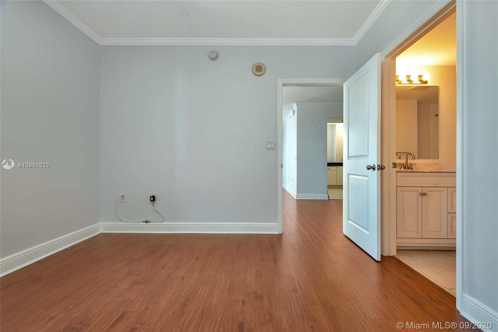 Photo of 1250 S Miami Ave #1714 listing for Sale