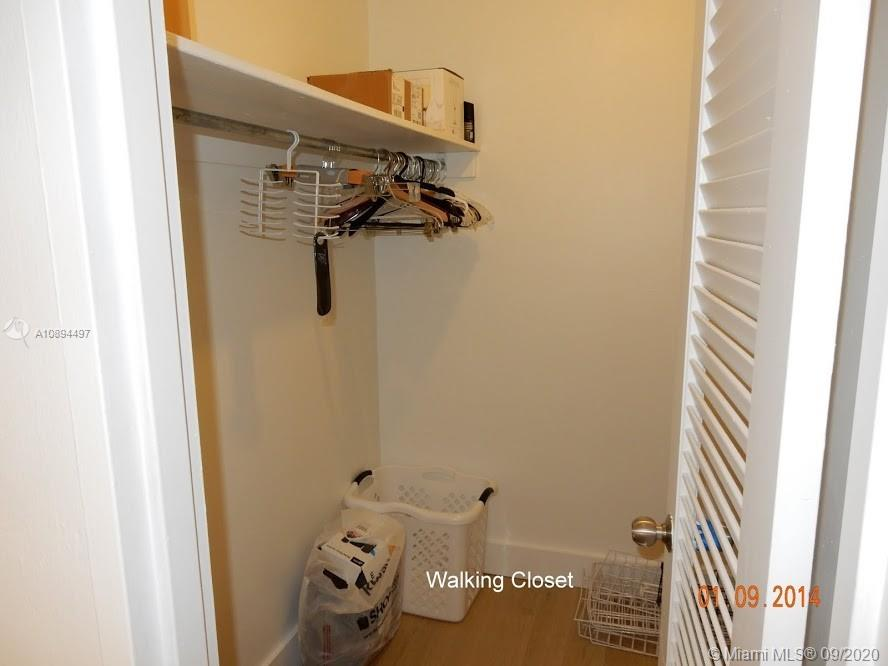 5161 Collins Ave #1501 photo027