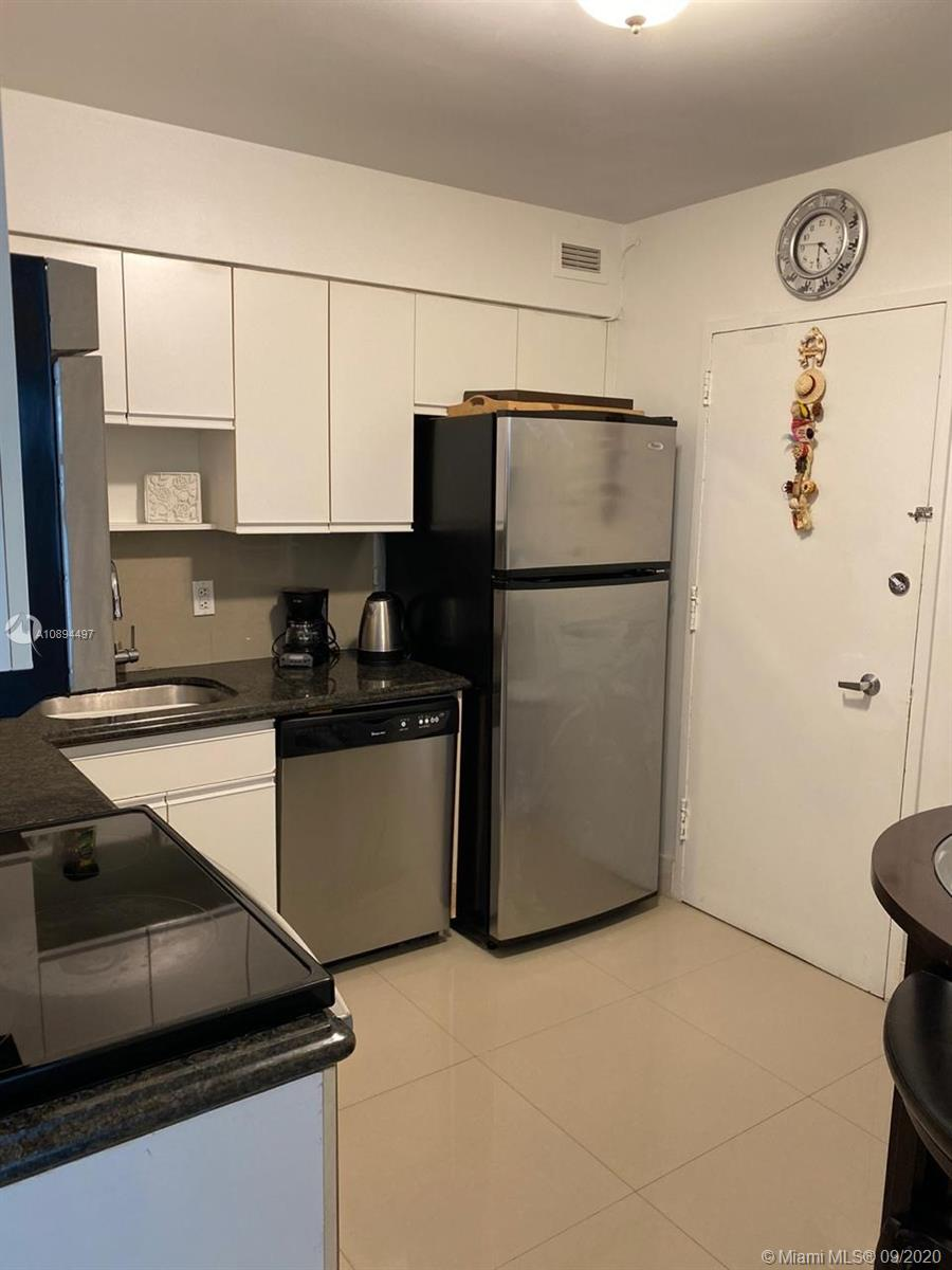 5161 Collins Ave #1501 photo013