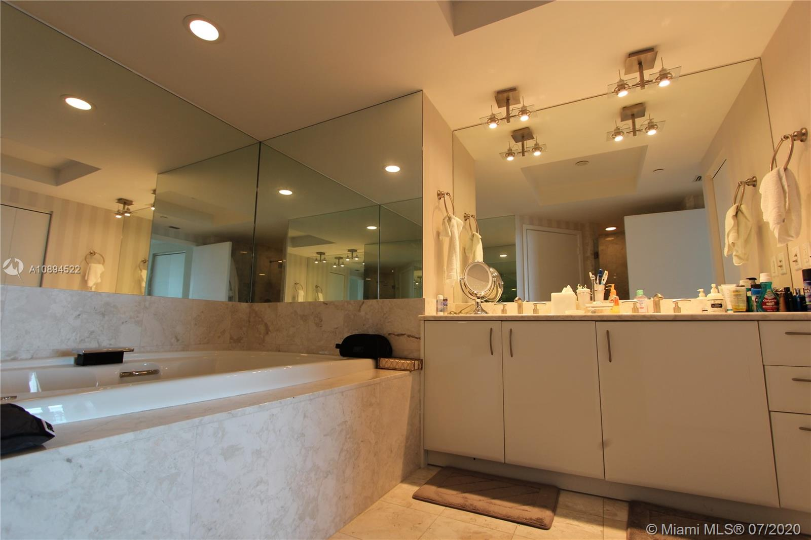1331 Brickell Bay Dr #3103 photo019