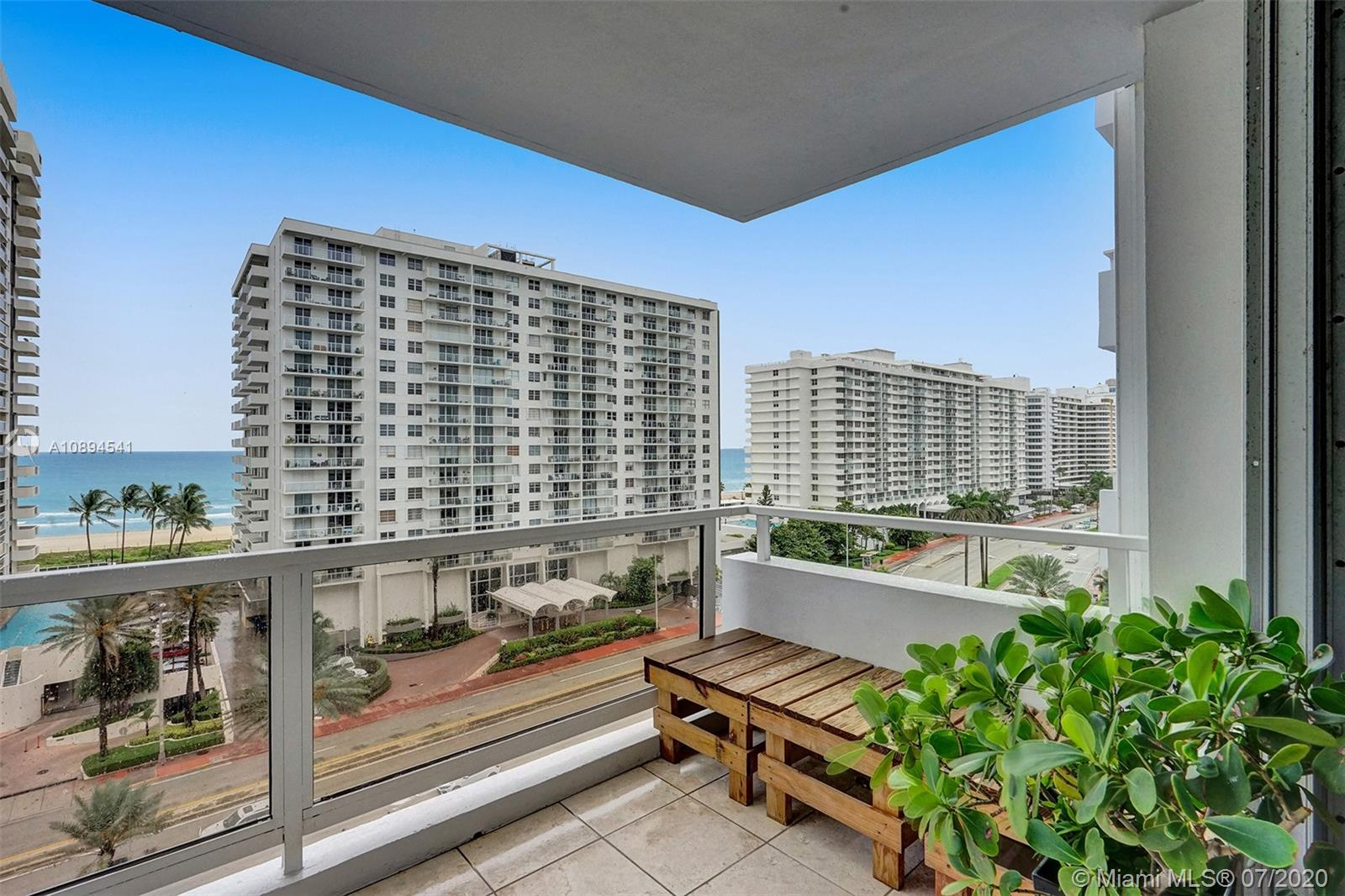 5700 Collins Ave #9A photo022