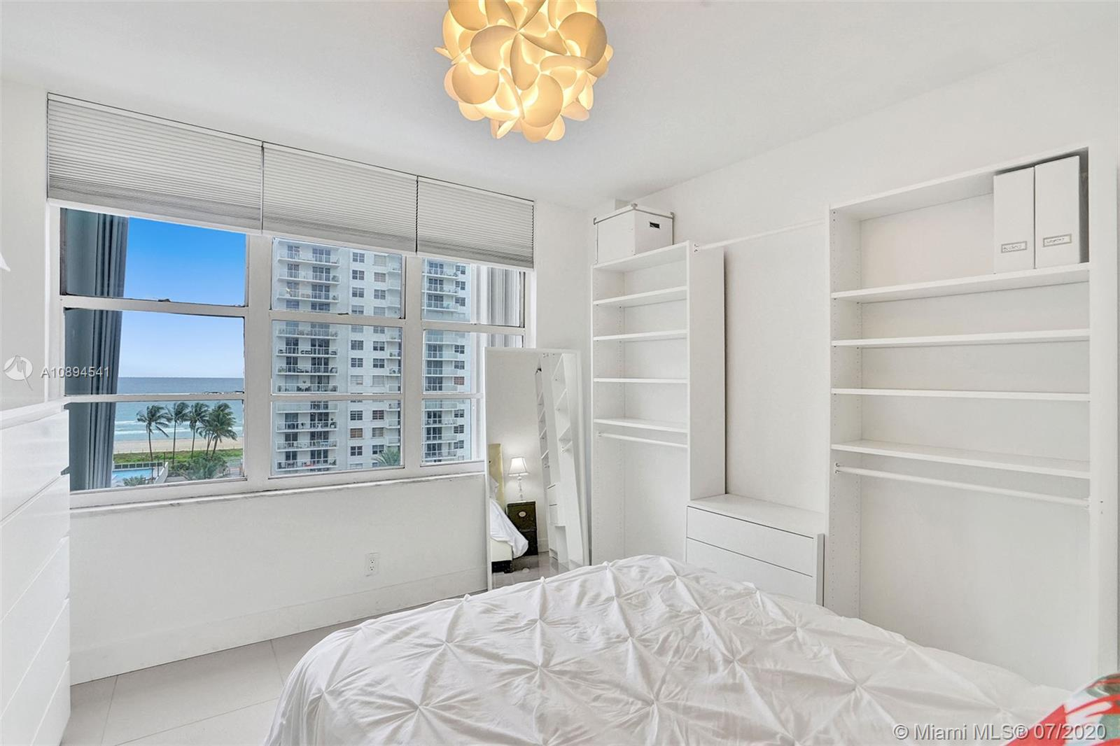 5700 Collins Ave #9A photo010