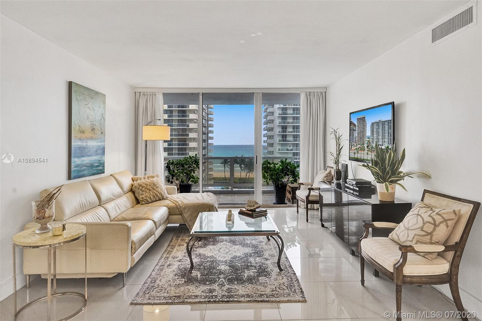 5700 Collins Ave #9A photo015