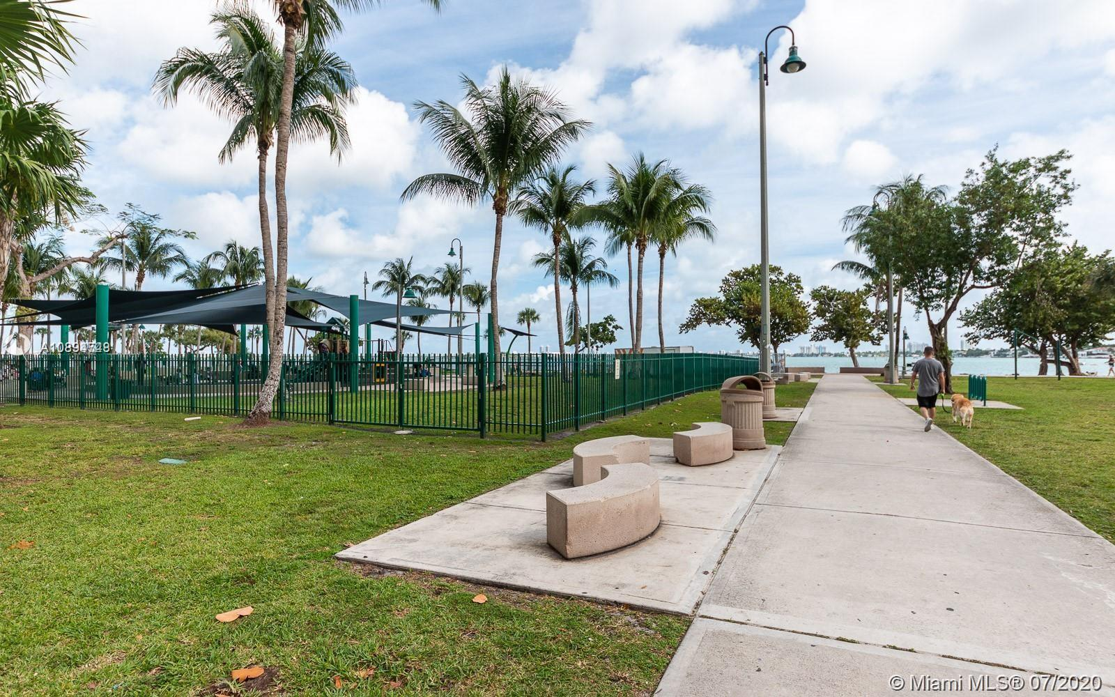 Photo of 1750 N Bayshore Dr #2615 listing for Sale
